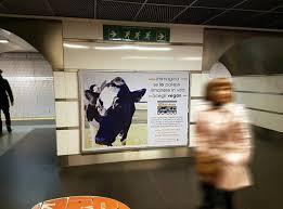 affissioni metro